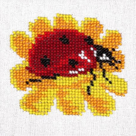 Набор для вышивания бисером LOUISE арт. L424 'Божья коровка на цветке' 11х11