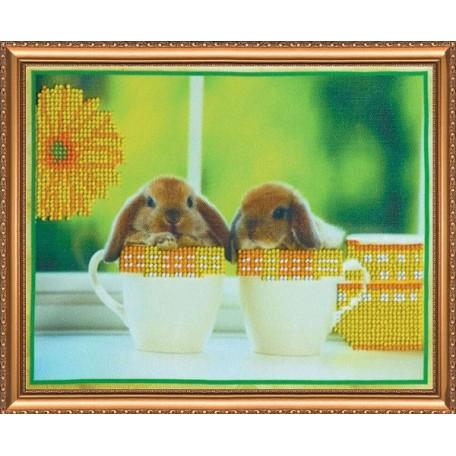 Набор для вышивания бисером АБРИС АРТ арт. AB-011 'Братцы-кролики' 22,5х17 см