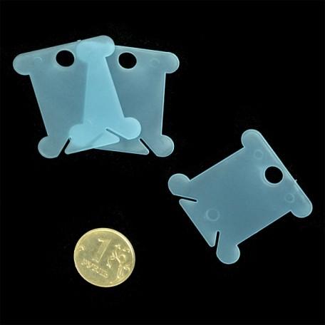 Бобина пластиковая для ниток арт. М008 Блистер цв.голубой упак.20шт