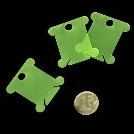 Бобина пластиковая для ниток арт. М008 цв.салатовый