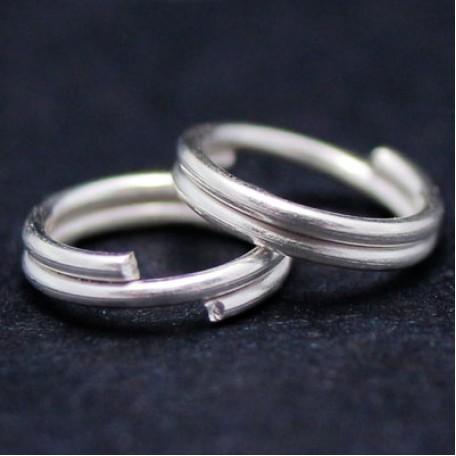 Колечки Двойные металл арт. МБ.УТ4349 цв.серебро 8х0,7 мм 50г/около 340 шт.