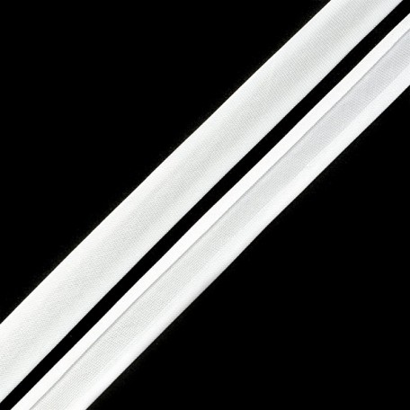 Косая бейка,атлас.15мм арт.КБ.15.101 цв.6341 (101) белый A
