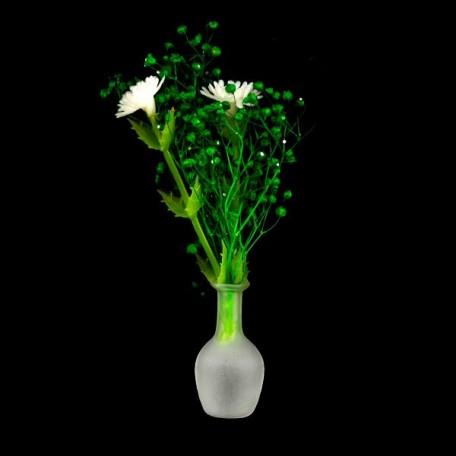 Белые цветы в стеклянной вазе арт.AM0101085