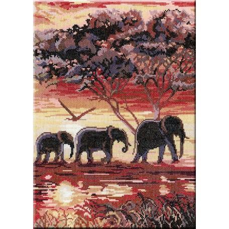 Набор для вышивания 'МП Студия' арт.НВ-195 'Триптих 'Слоны' 2 часть' 38х28 см