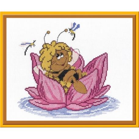 Набор для вышивания 'МП Студия' арт.НВ-204 'Пчелка' 22х24 см