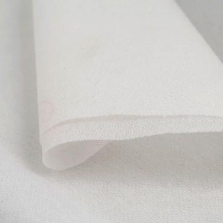 Флизелин Intex арт.9107 точечный 35г/м шир.90см цв.белый рул.100м