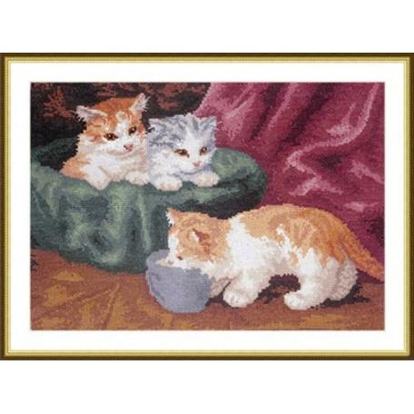 Набор для вышивания арт.ВЫШ -К-08 'Три котёнка' 31x23 см