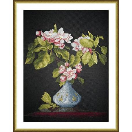 Набор для вышивания арт.ВЫШ -К-12 'Яблоневый Цвет' 28x30 см